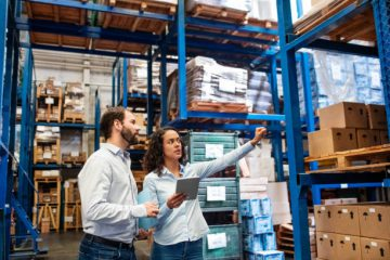 The food and beverage industry is extremely time-sensitive: many products need to be shipped and stored by a certain date or they're useless. So distributors must have a highly visible and effective system to control and monitor inventory data in real-time.