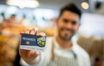 Run successful promotional campaigns and loyalty programs to keep the customers engaged.