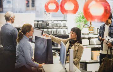 Offer customers the flexibility to pick up products from desired outlets by facilitating availability and seamless transfers.
